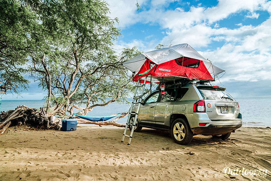 Rental Jeep Compass 4×4 with Rooftop Tent Maui Paia