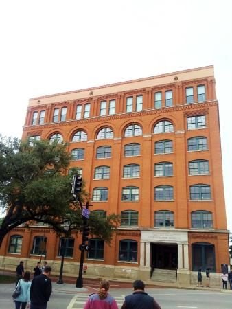 The Sixth Floor Museum Texas School Book Depository 411 Elm
