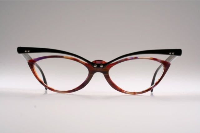 0b3dc077a3 Unusual top line cat eye eyeglasses by TRACTION PRODUCTIONS Mod. TCHANG  K6W