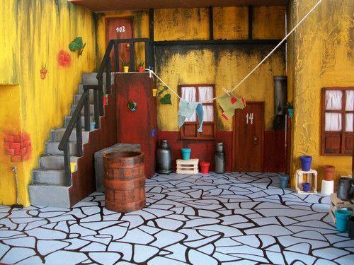 La Vecindad Del Chavo Fotos Que Bonita Vecindad Maqueta De La Vecindad Del Chavo Del 8 Para La Animal Party Craft Party Party Themes
