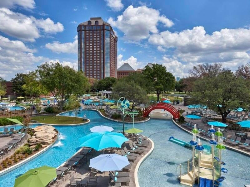 12 top hotels with water parks in texas places to visit dallas rh pinterest com