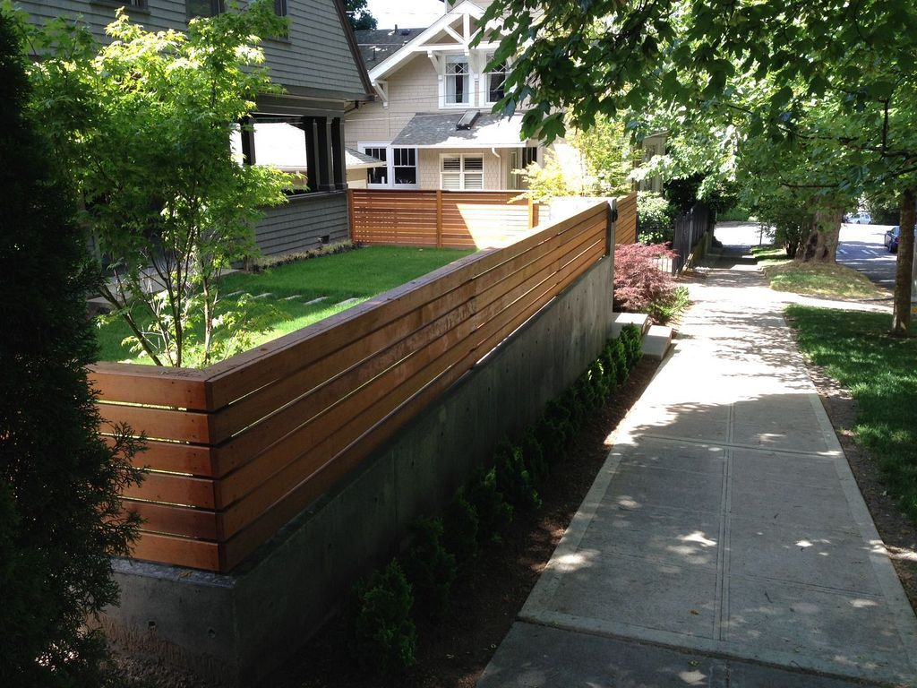 20+ Modern Low Fence Design Ideas From Woods