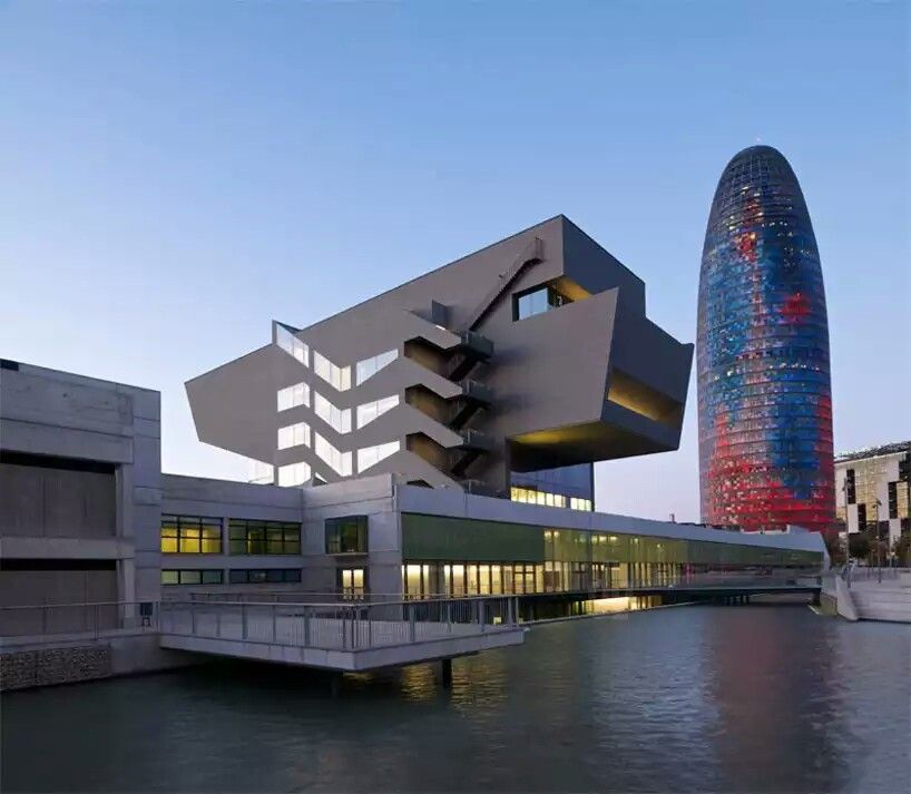 Building designs Diseo Barcelona Outer SpaceS
