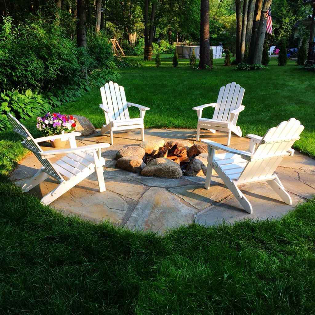 01 Cozy Backyard Fire Pit Seating Area Design Ideas In 2020 Fire