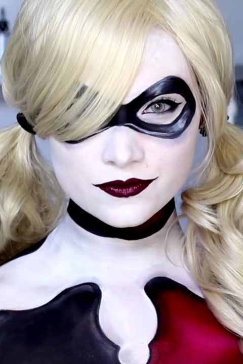 10 harley quinn makeup ideas that are seriously badass. Black Bedroom Furniture Sets. Home Design Ideas
