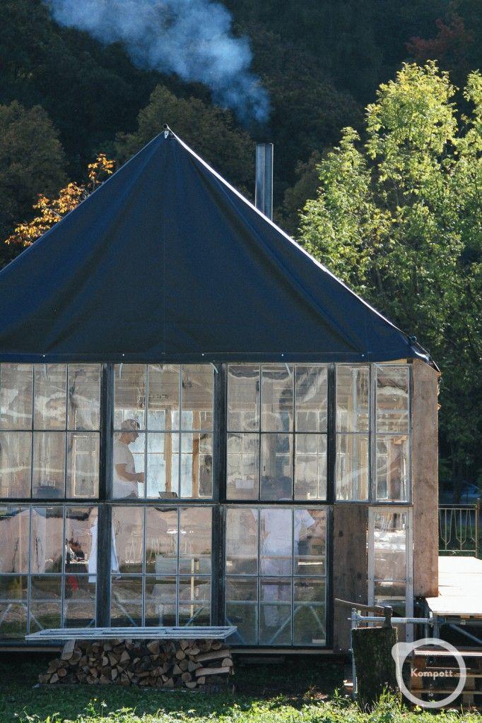 temporary architecture - Feldhotel, by Kompott