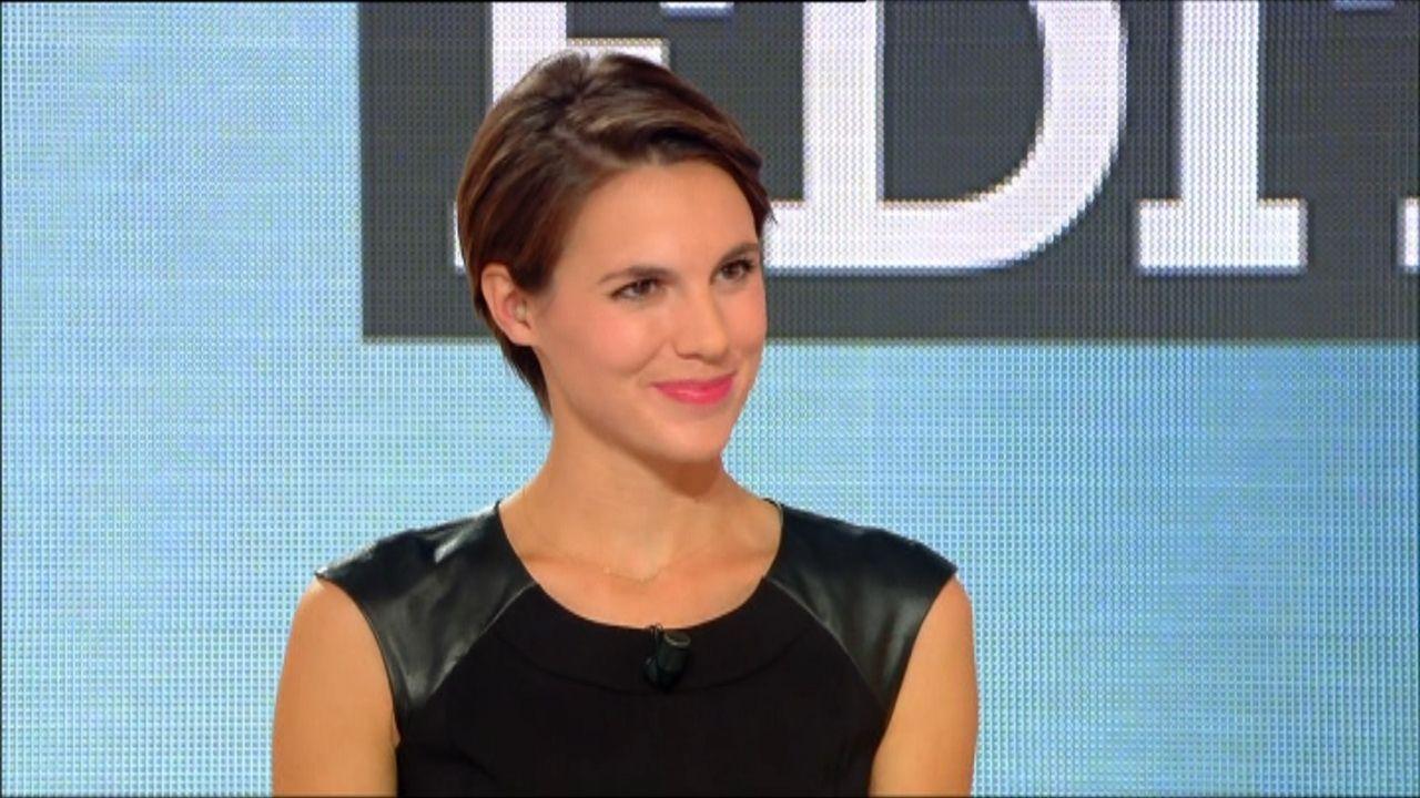 La Presentatrice Tv Emiliebesse Aime Le Spa Clarinsfr Leroyalmonceau Paris Spa Etc Aussi Spa Emilie Besse People
