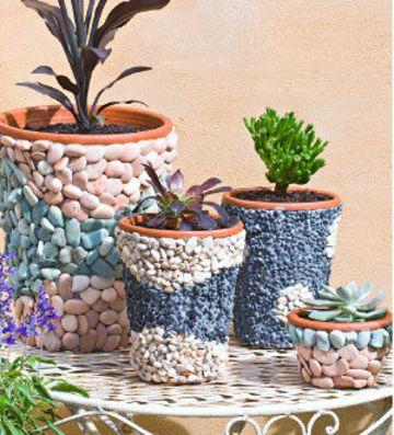decorar macetas con piedras - ideas para jardines y decoración