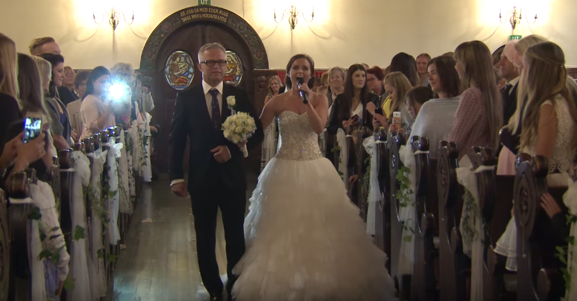 Video: Svadobný pochod mladej Nórky vás nenechá chladnými - Fotogaléria 0/2 - Diva.sk