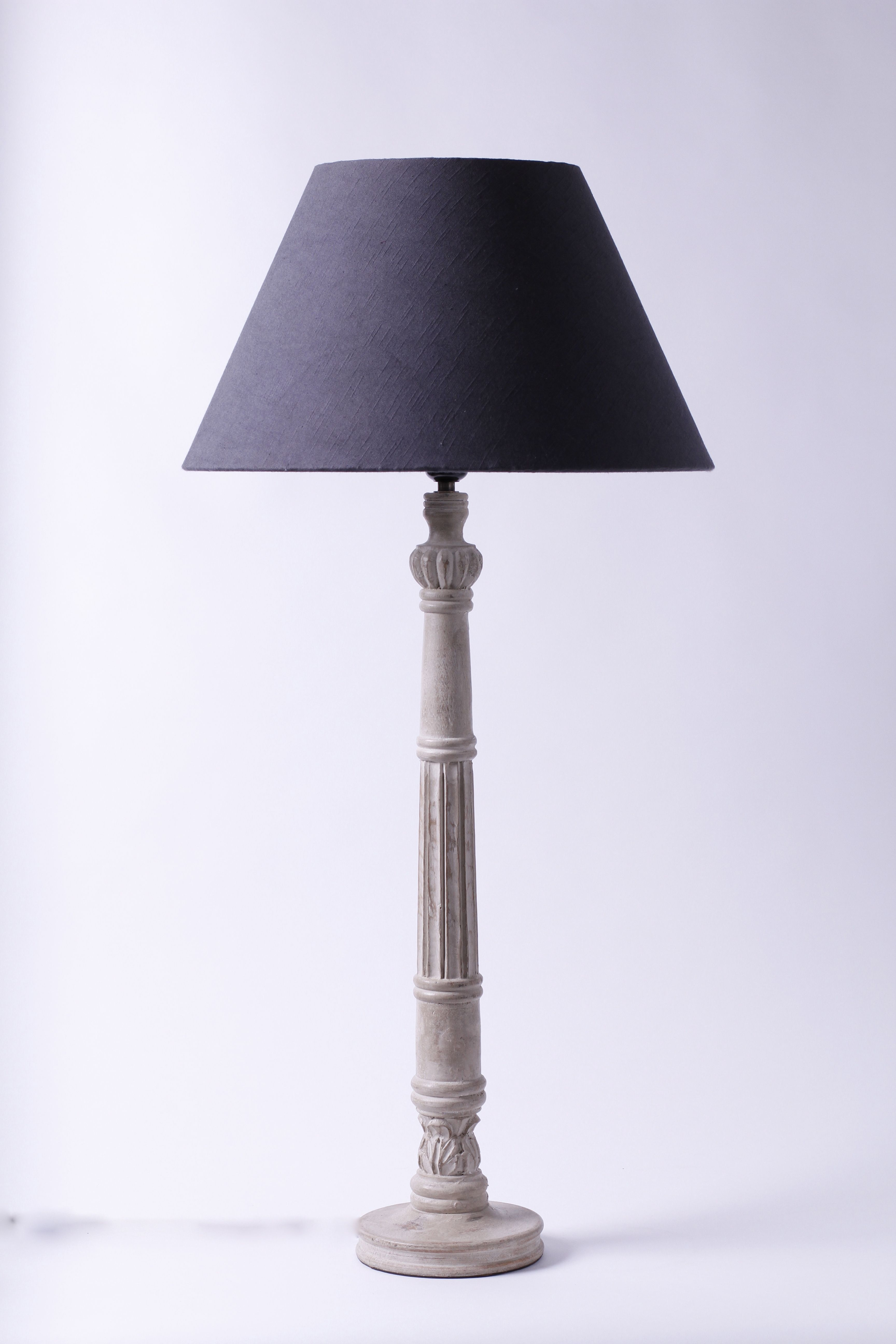 Tall And Elegant Table Lamp In Mango Wood S 230 90cm