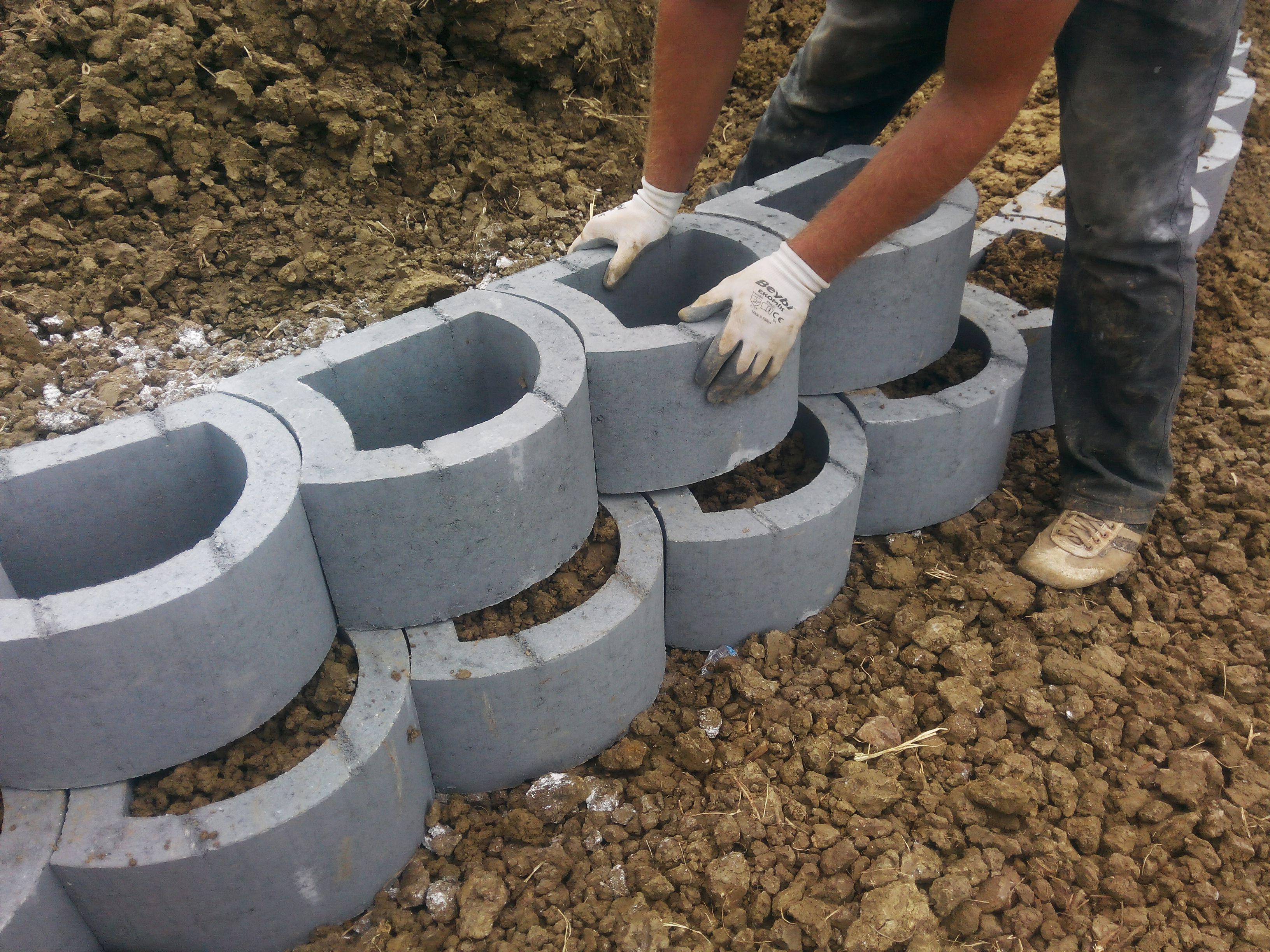 retaining wall quotation retainingwall   Concrete retaining walls ...