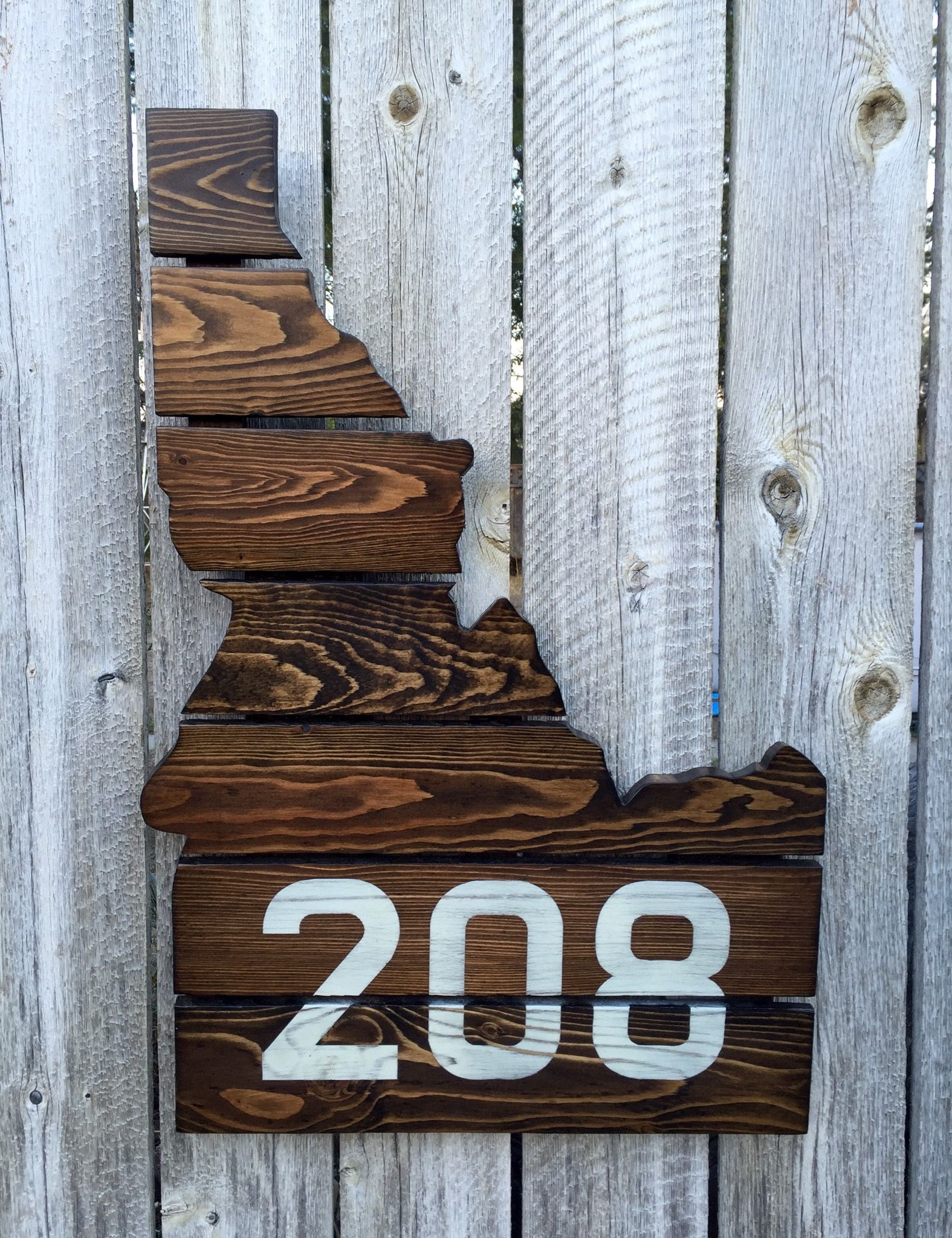idaho 208 | recycled pallets, upcycled home decor, pallet