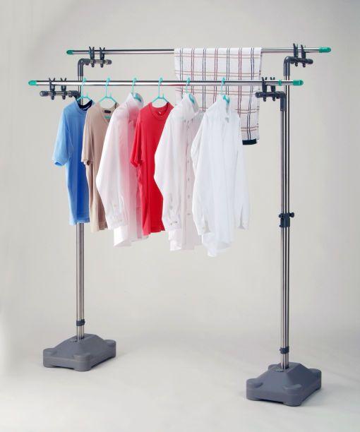 ステンレス伸縮物干し台 ブローベース付き 暮らしに役立つ洗濯物干し 水や砂を入れるだけで 重量感のある物干し台用のベースになります 水のみ 約15kg 砂のみ 約20kg 砂と水 約25kg 物干し台 洗濯用品 物干し