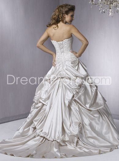 Pretty+A-Line+Strapless+Sleeveless+Embroidery+&+Ruched+Chapel+Train+Wedding+Dresses+