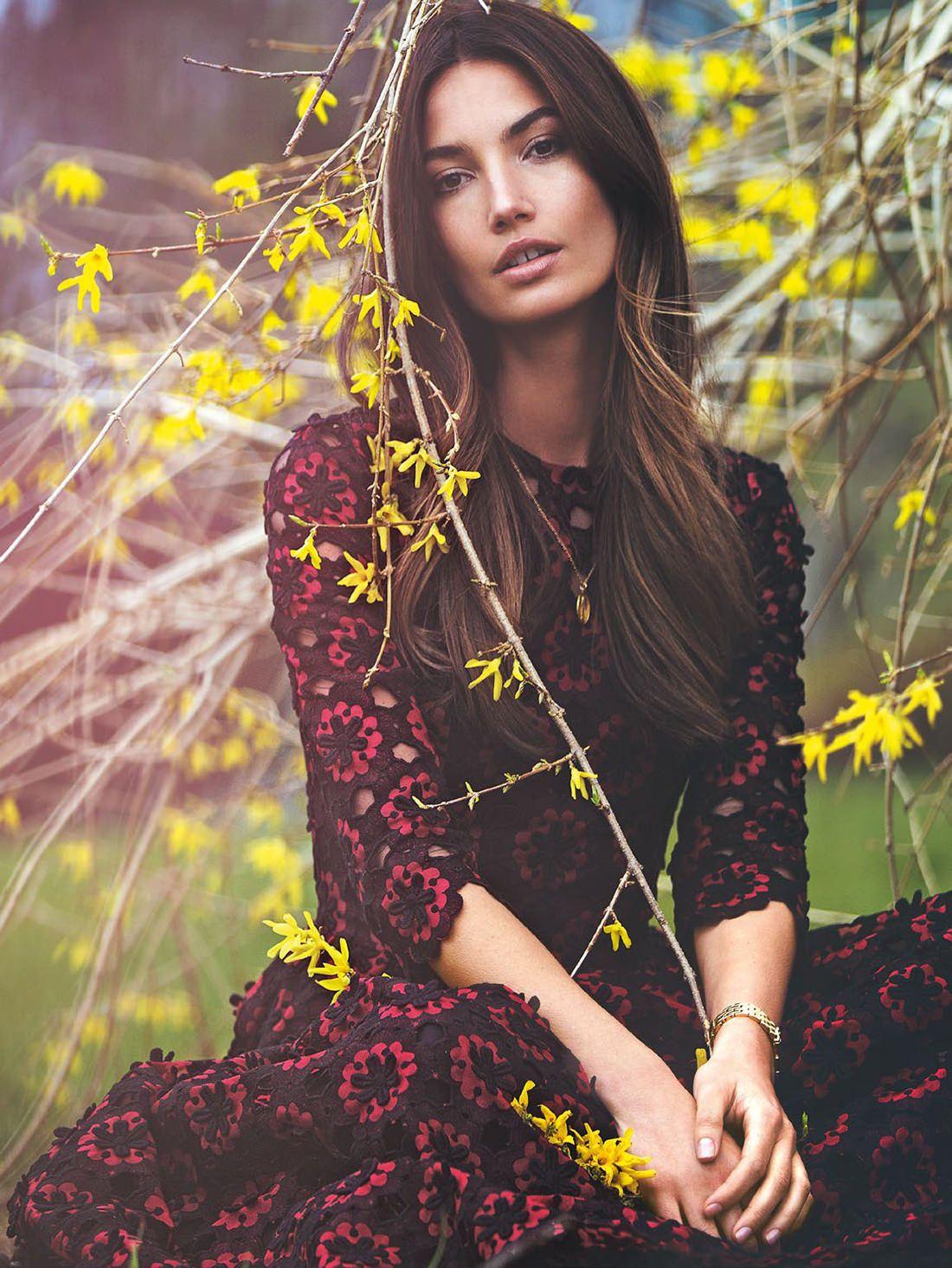 Lily Aldridge for VEGAS Magazine December 2010 - Fashion