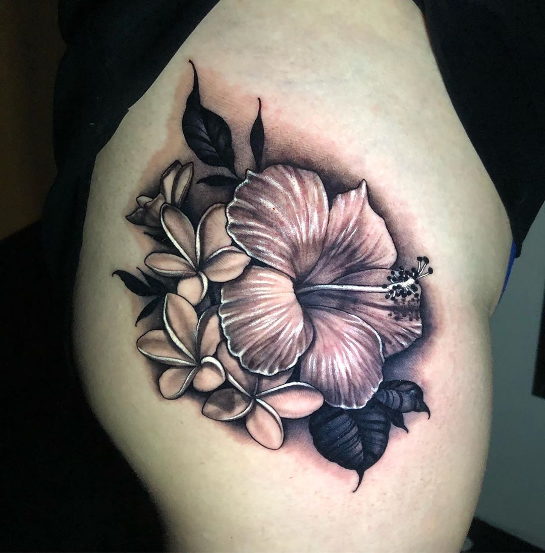 Hibiscus And Plumeria Tattoo Tattoo Ideas And Inspiration Hibiscus Tattoo Frangipani Tattoo Hibiscus Flower Tattoos