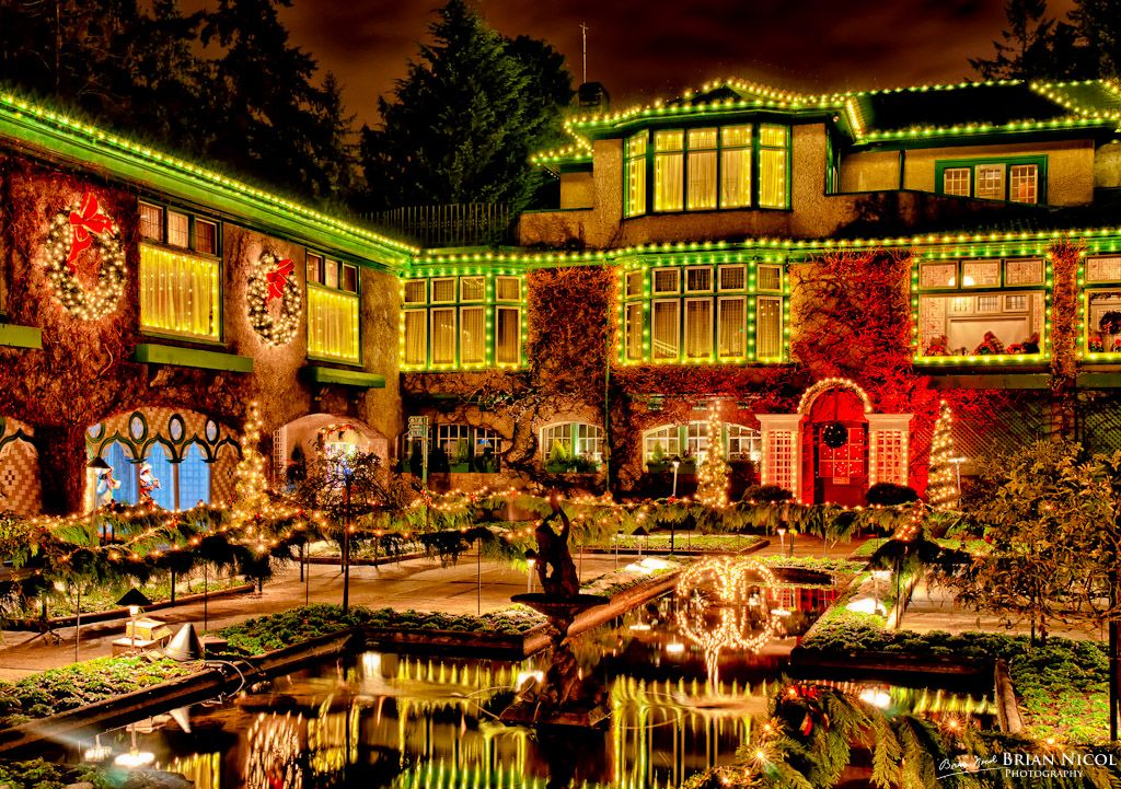 0ab145521ecd831e529e8941bceda1ab - The Butchart Gardens Christmas Lights Tour