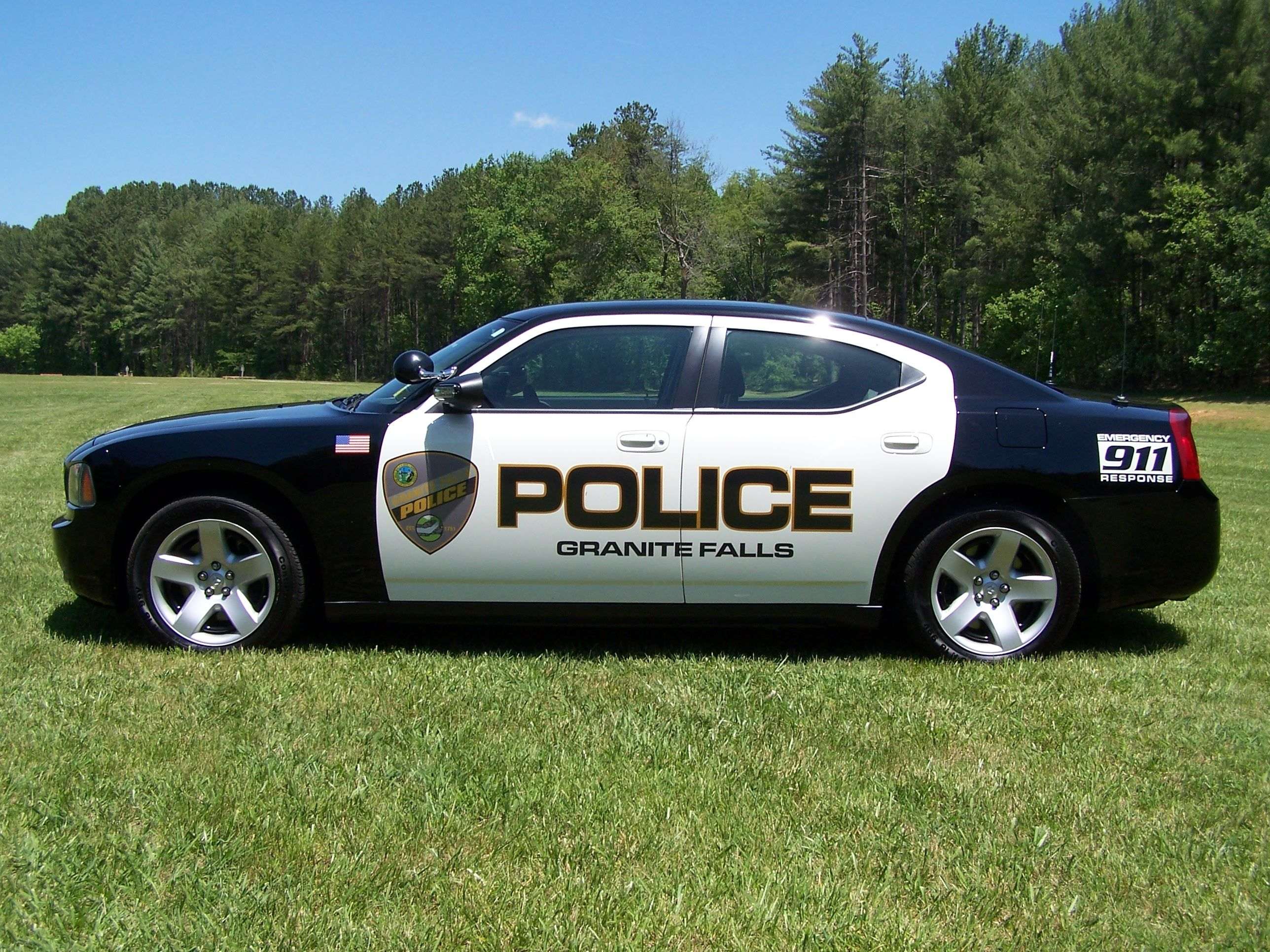 a police car is eccential to a police officer because it allows the rh pinterest com