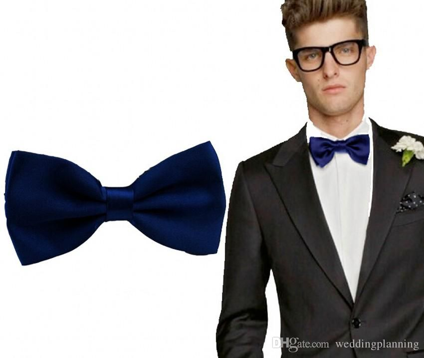 Self tie bow tie - Tonal, embroidered flowers in light blue Notch