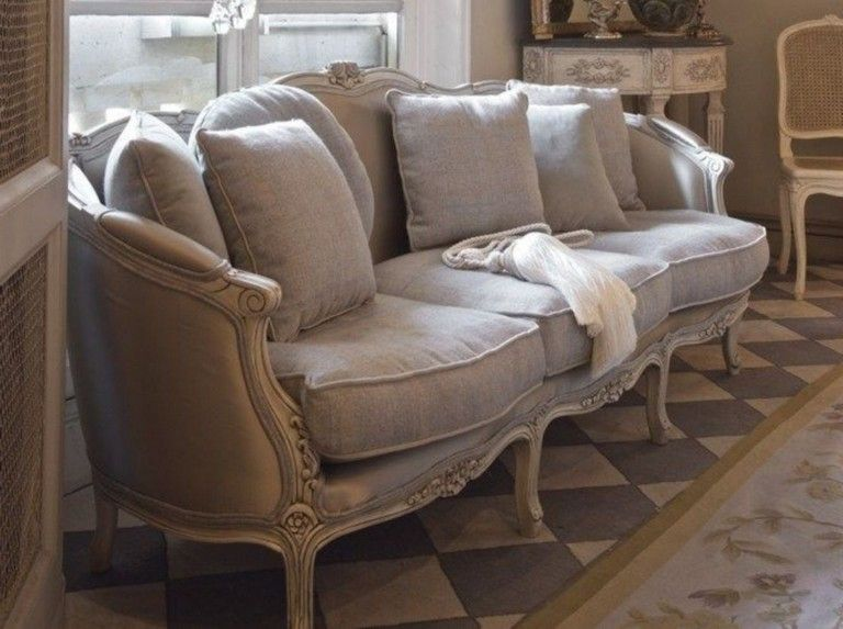 45 Fancy Victorian Sofa Ideas For Elegant Living Room Victorian Sofa Elegant Living Room Sofa