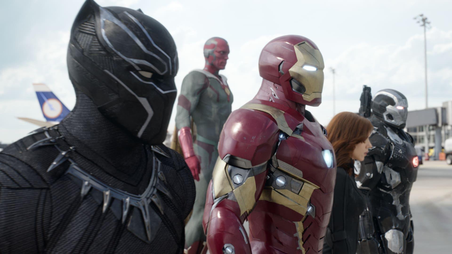 Steve Rogers Leder Det Nya Teamet Med Avengers I Deras Fortsatta Arbete For Att Skydda Manskligheten Men Nar Avengers Ar Steve Rogers Captain America Avengers