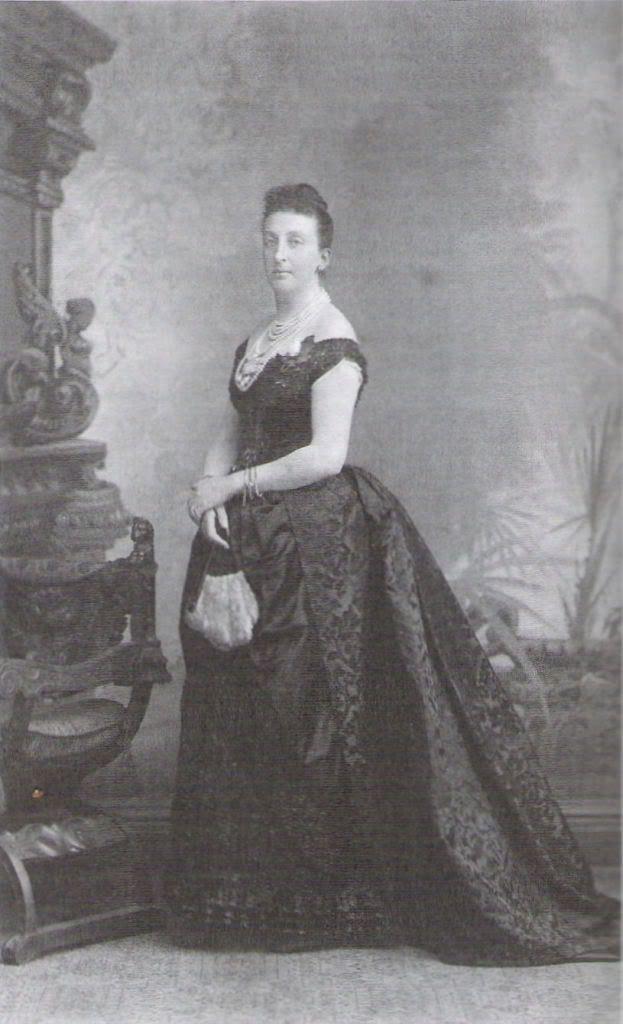 Isabel, Countess of Paris
