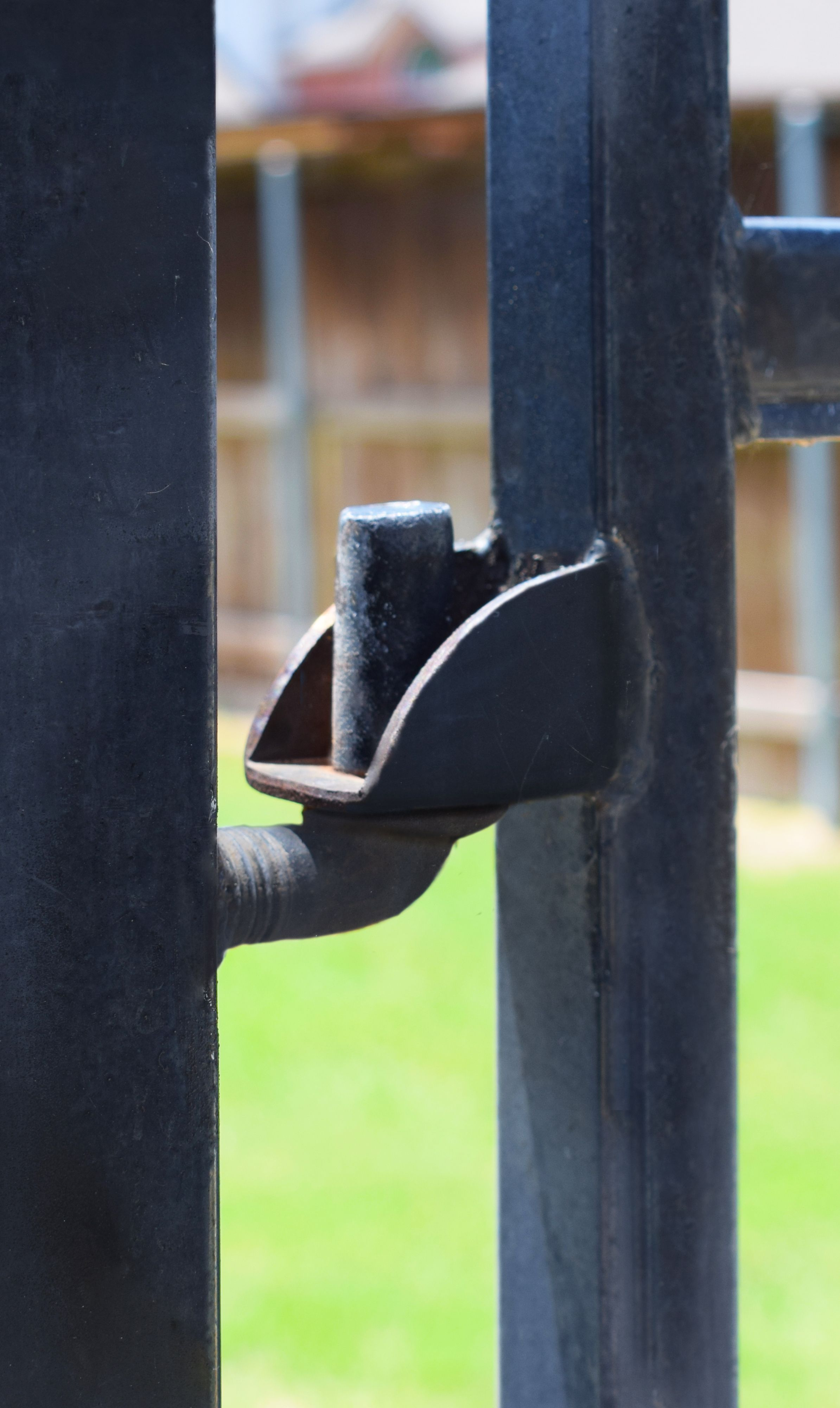 There Are Many Choices When It Comes To Hinges One Of Our Favorites Is The Batwing Hinge Hinges Bat Wings Gate Hardware