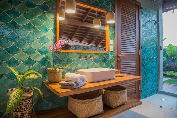 Tropical heaven in this bathroom set The green and blue fish scale