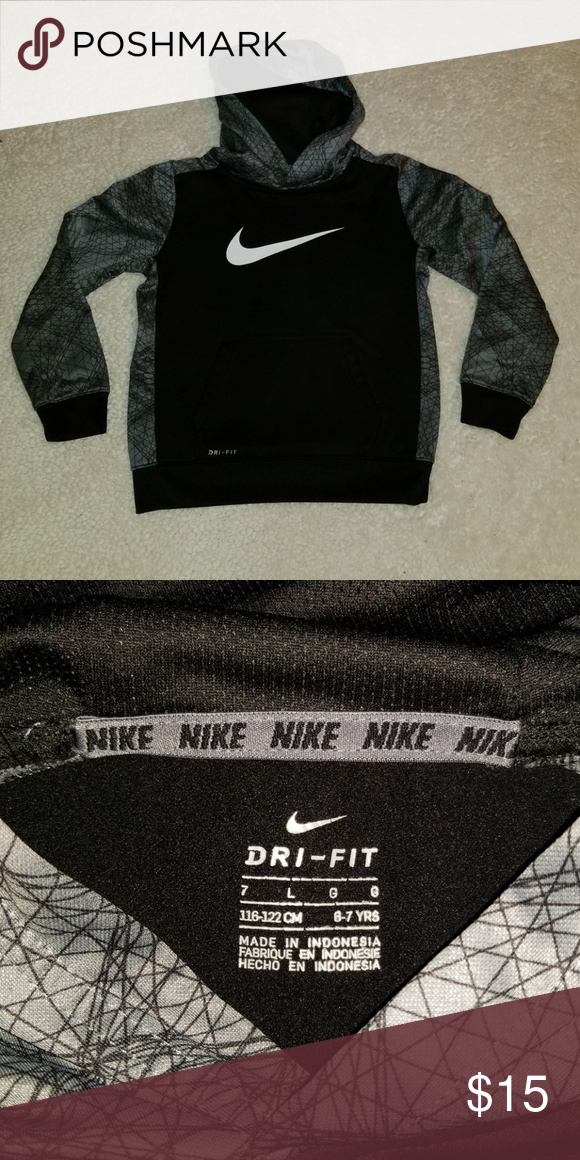 00ae8aac Boys Nike Dri Fit Hoodie Boys Nike dri fit pullover hoodie with front  pocket. Excellent condition. Size on hoodie says it is 7 large-6/7 years. Nike  Shirts ...