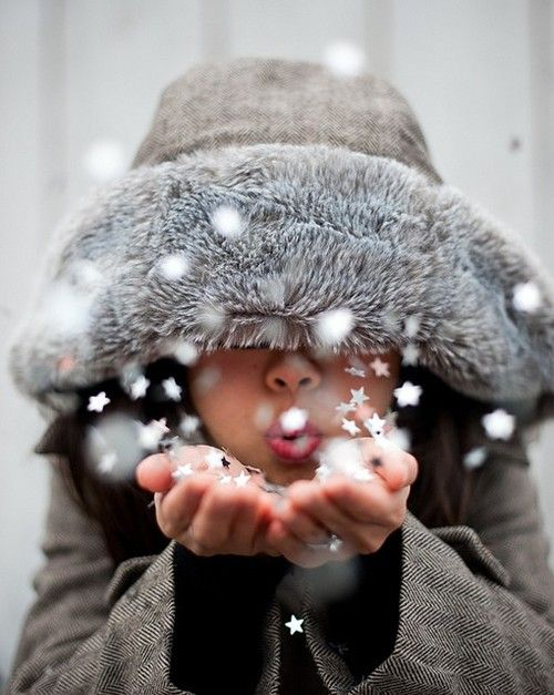 apositivelybeautifulblog:    (via oh the weather outside is frightful! / in the snow)