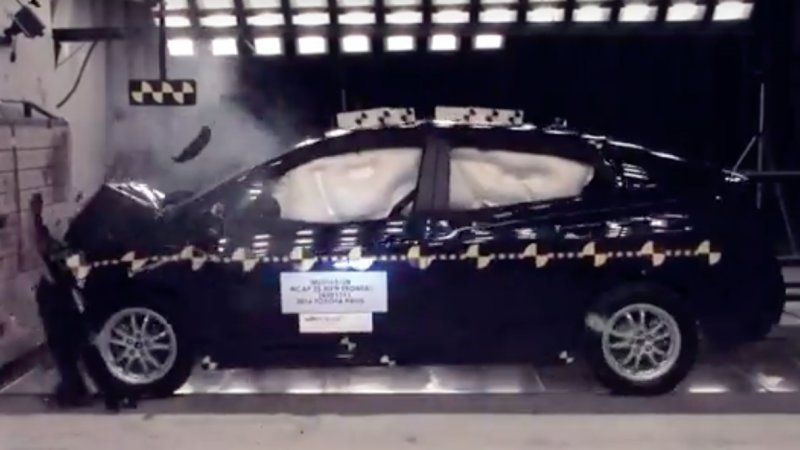 Toyota Prius Prime Perform Well In Nhtsa Iihs Crash Tests