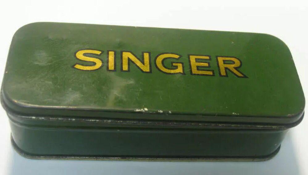 SINGER GREEN METAL SEWING BOX