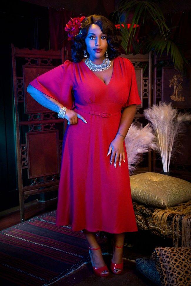 Laura Byrnes California Plus Size Viva Dress in Red Crepe