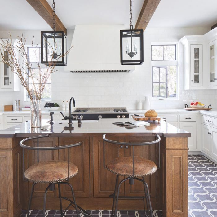 Go Behind This Practical Kitchen Perfectly Suited