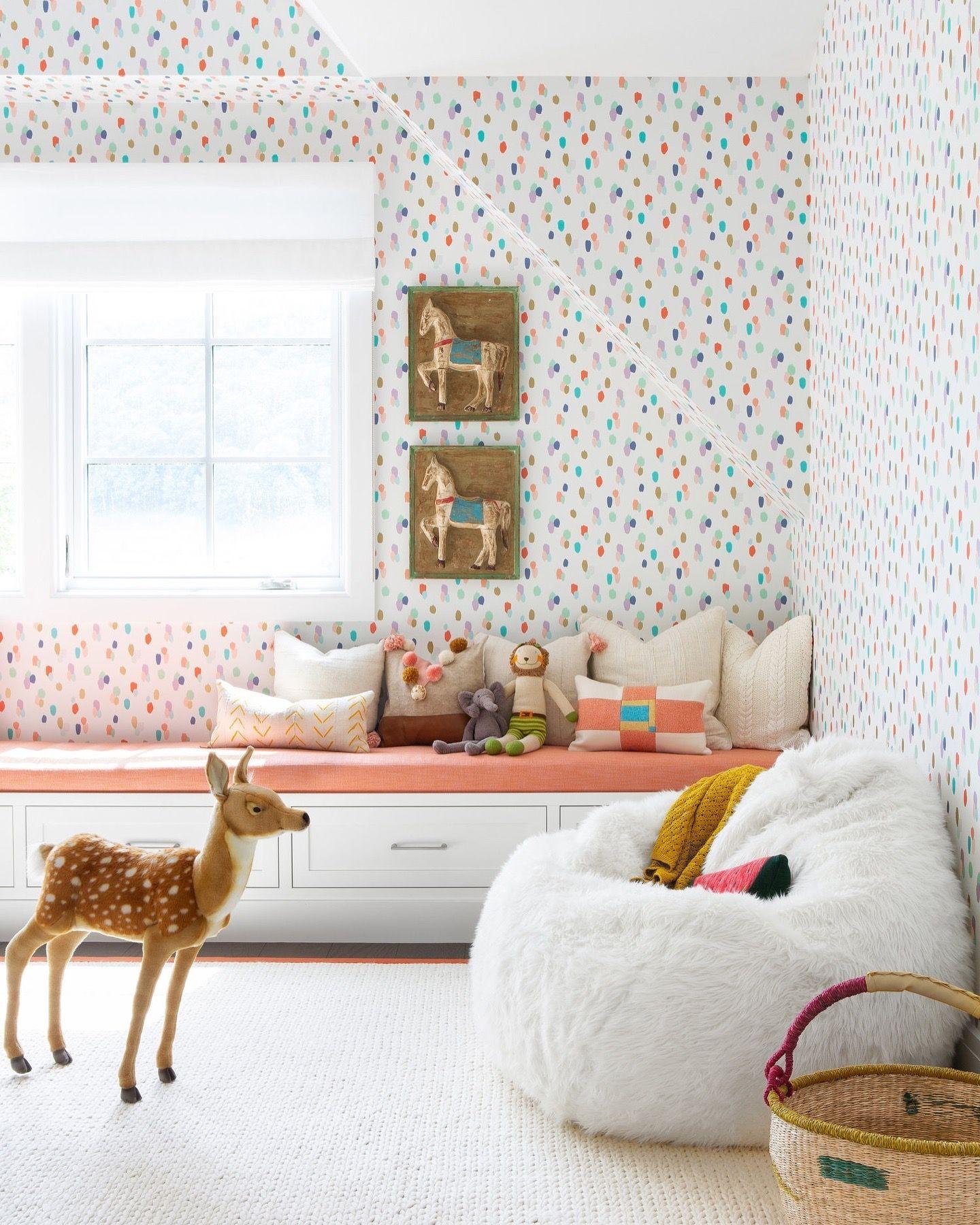 gorgeous girls room in 2019 nursery wallpaper rh pinterest com