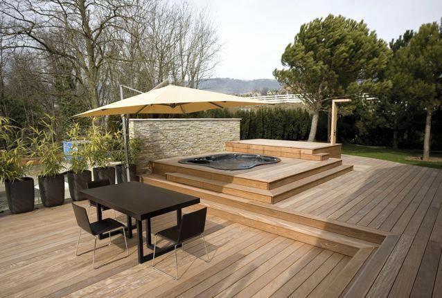 Photo of Nice hot tub deck installation with privacy wall #backyarddeckdesignsoutdooridea…