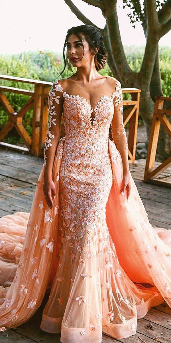 24 Colorful Wedding Dresses For Non-Traditional Bride | Brautschuhe ...