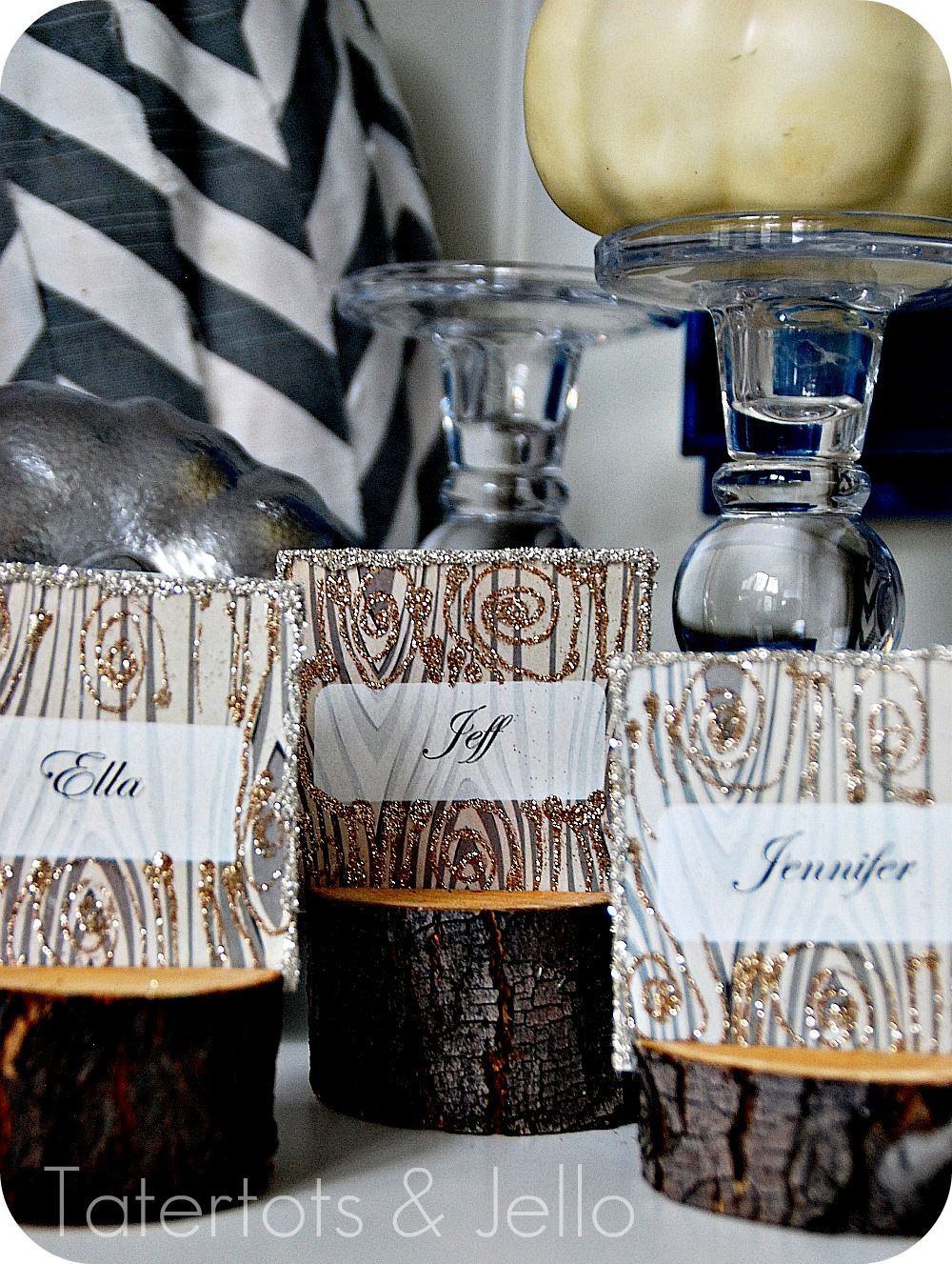 craft ideas for wedding place cards%0A DIY Rustic Branch Holiday Place Cards and Faux Wood Printable Cards