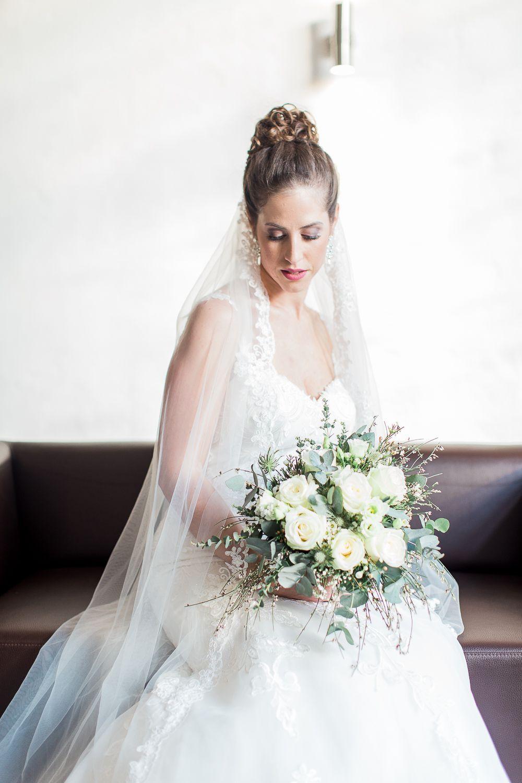 Zuckersüße Hochzeit in Hannover am Rathaus. Foto: Miss I Do ...