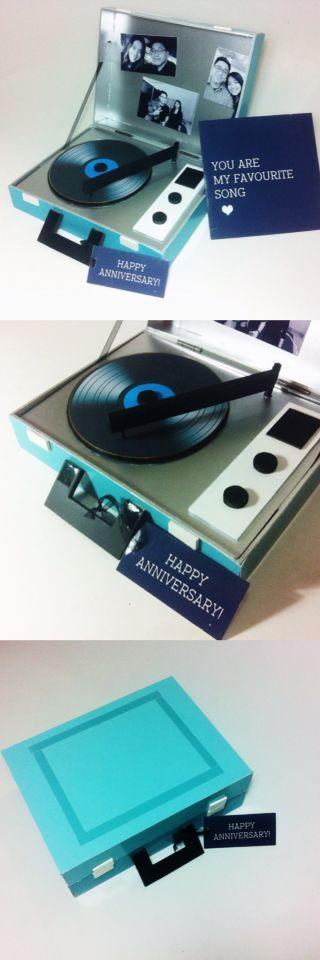 Uniqe Classic Vintage And Cute Anniversary Gift For Your Girlfriend Boyfriend Birthday Idea