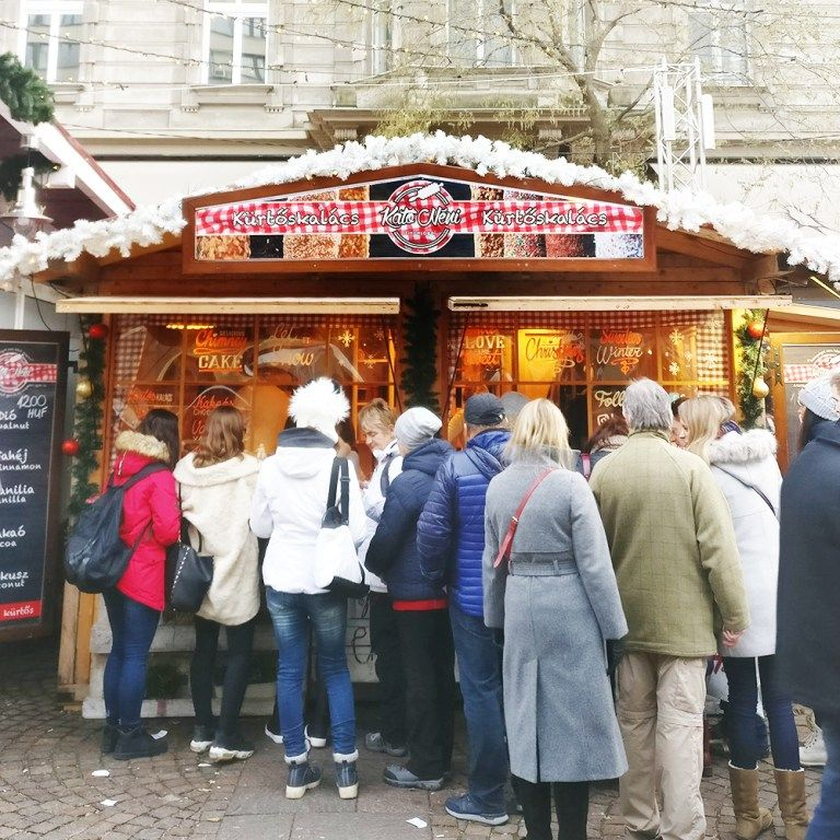 A Local S Guide To The Best Chimney Cakes In Budapest Hungary Aliz S Wonderland
