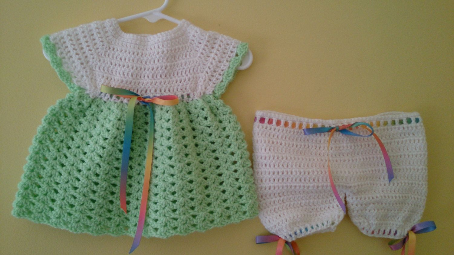 Crochet Angel Top and Pants - Size Newborn - 3 mos by LittleLuvCrochet on Etsy