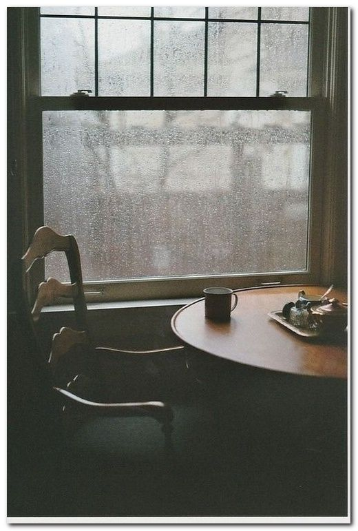dramatic rain photo shoot ideas photo ideas regen melancholie rh pinterest de