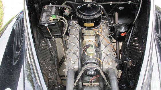 1938 Lincoln - Zephyr Convertible Sedan
