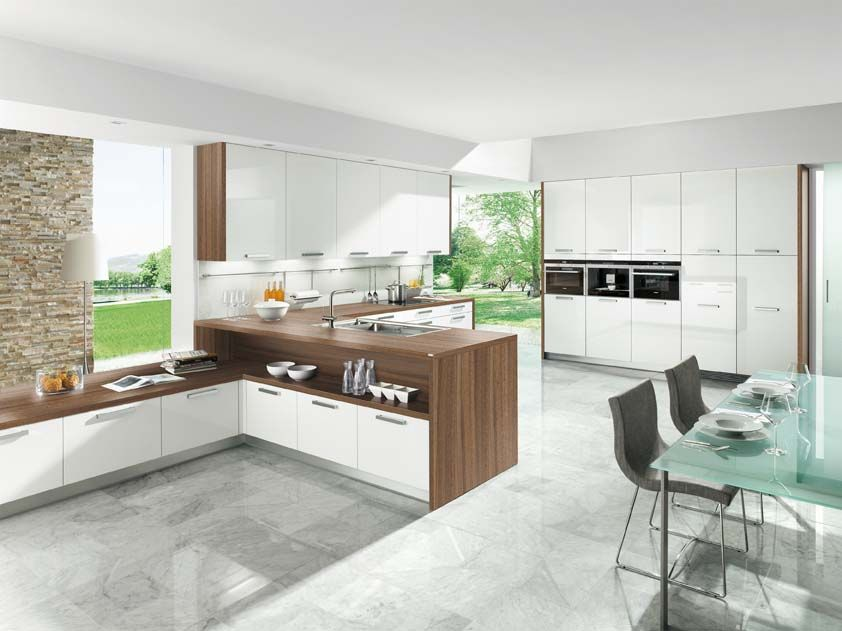 Kitchen comprising Astrale white acrylic gloss cabinets