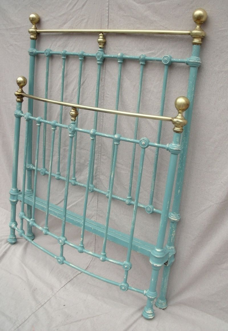Antique french iron bed - I May Paint My Metal Bed Frame This Color French Teal Such A Great