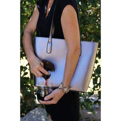 Wine Purse with Pour Spout  3a9cea8d06bae