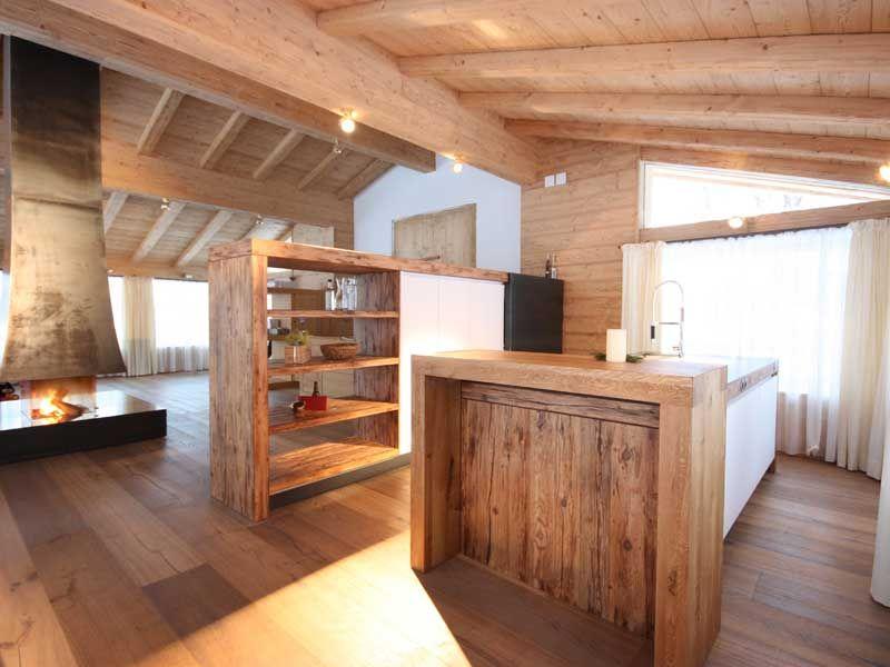 theke aus massivholz in offener küche | schreinerarbeiten, Kuchen