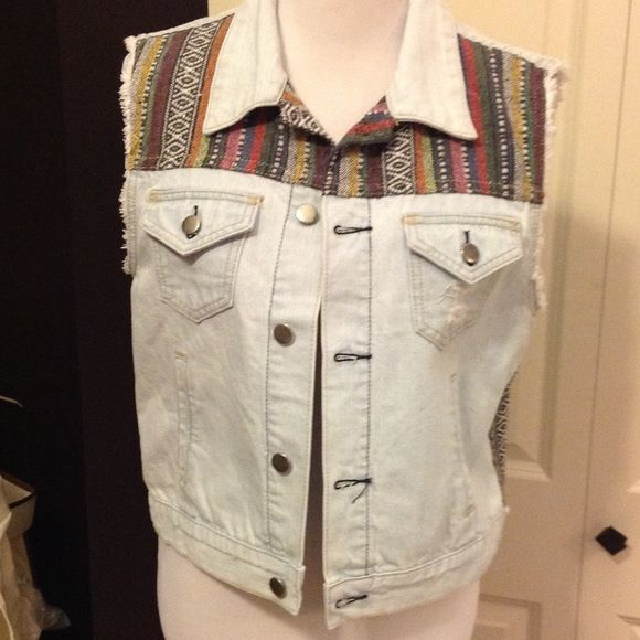 Distressed Jean Vest. NWT Whitewashed denim vest with back distressing and colored fabric detail Forever 21 Jackets & Coats Vests