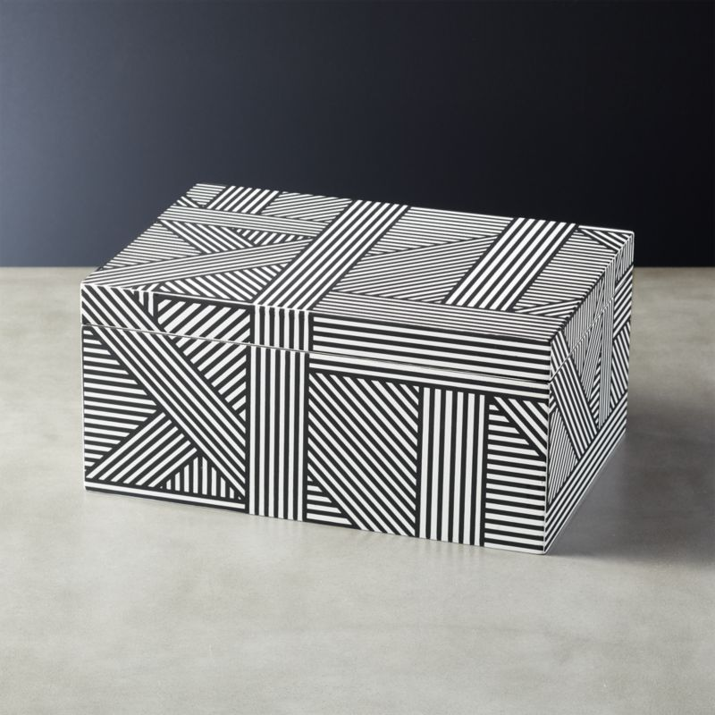 Shop Clasp Black and White Jewelry Box